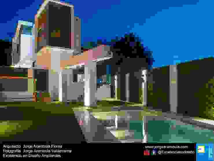 Casa Lagos 94 Excelencia en Diseño Albercas de jardín Mármol Beige