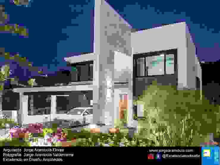 Minimalist house by Excelencia en Diseño Minimalist
