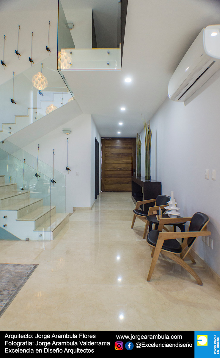Minimalist corridor, hallway & stairs by Excelencia en Diseño Minimalist