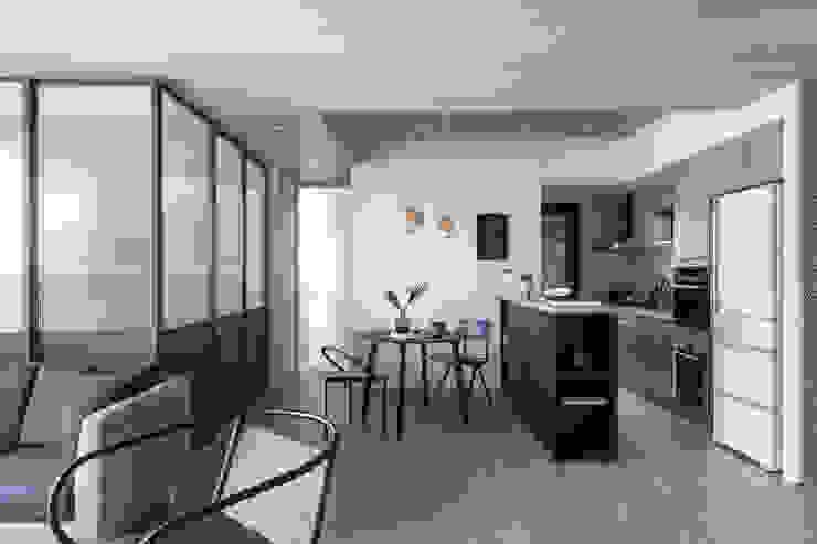 寓子設計의  다이닝 룸