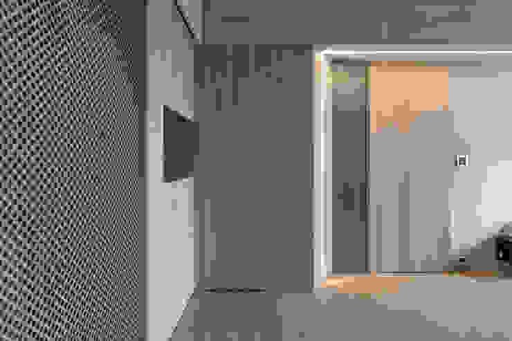 寓子設計의  복도 & 현관
