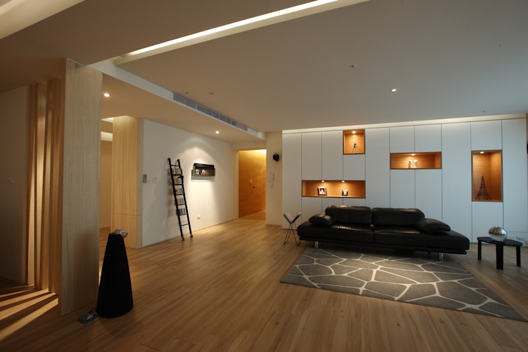 Salones asiáticos de 雅群空間設計 Asiático