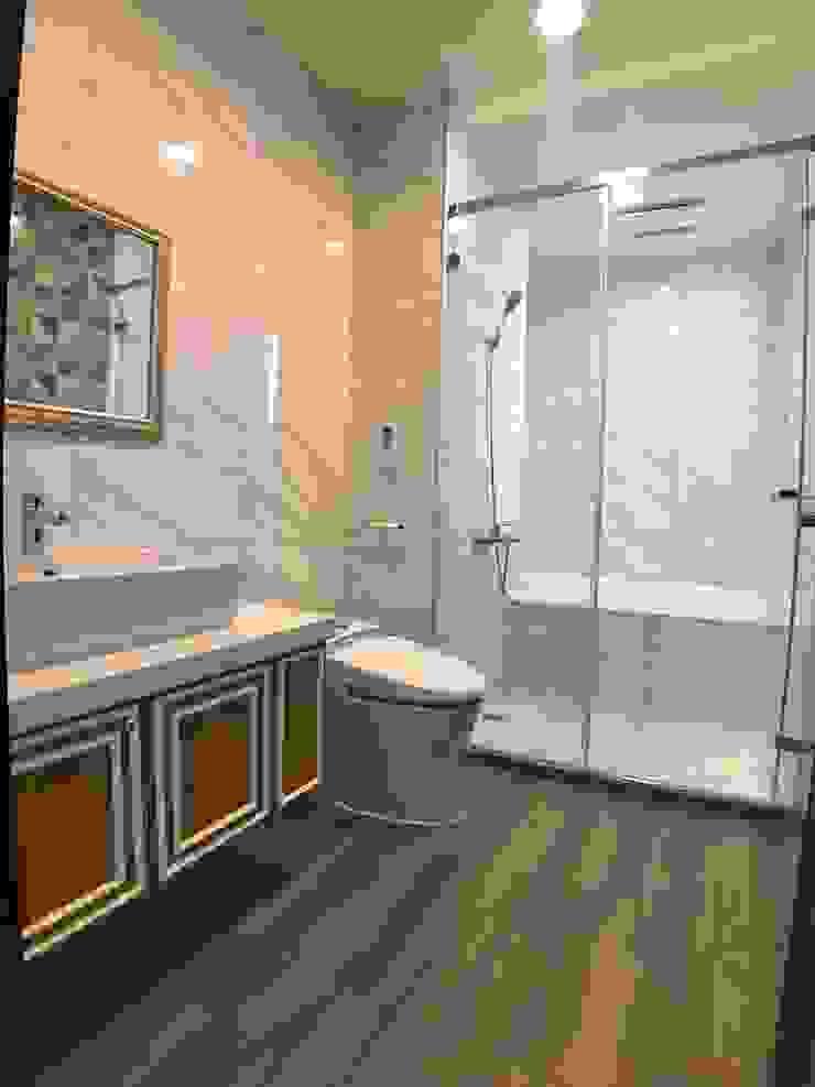 2層前浴室 根據 houseda