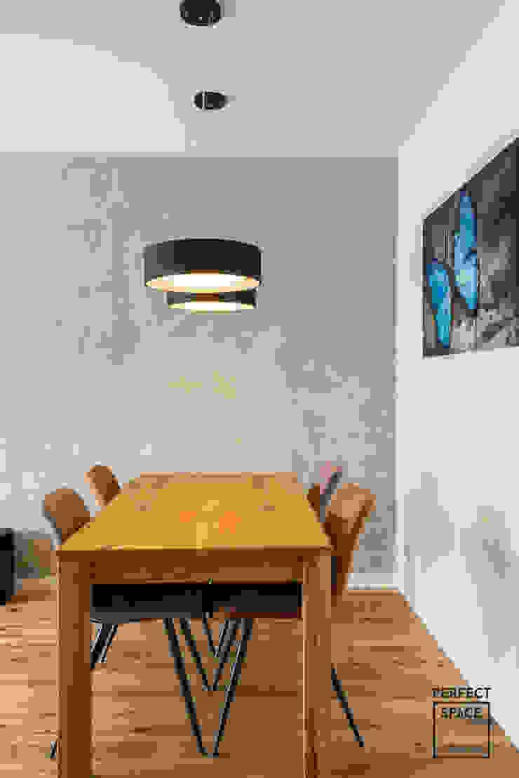 Perfect Space Ruang Makan Minimalis