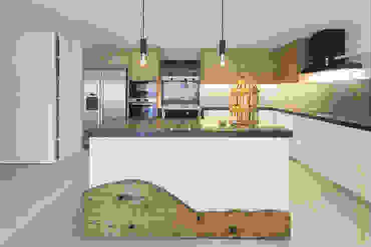 Open Space Paredes de Coura Cozinhas escandinavas por Angelourenzzo - Interior Design Escandinavo