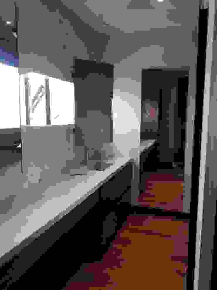 vertikal BathroomMirrors