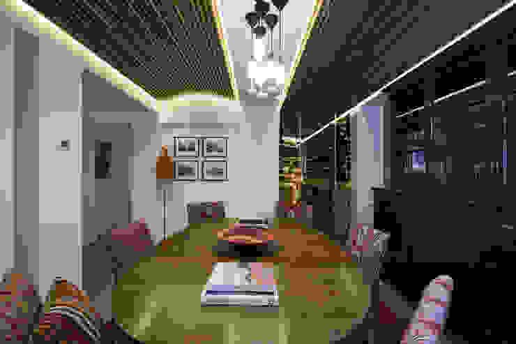 Bodegas clásicas de KMMA architects Clásico