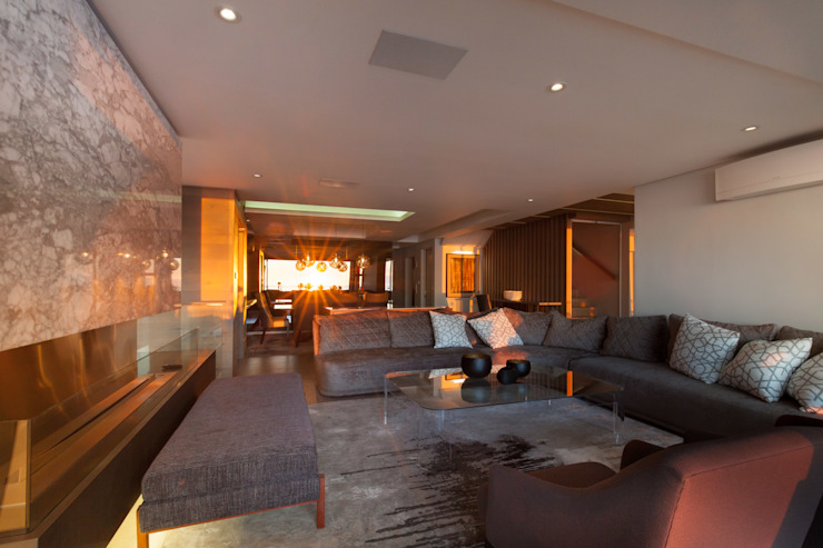 House Ocean View 331 Fresnaye Modern living room by KMMA architects Modern