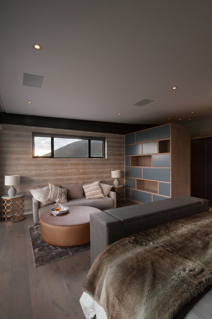 Modern style bedroom by KMMA architects Modern