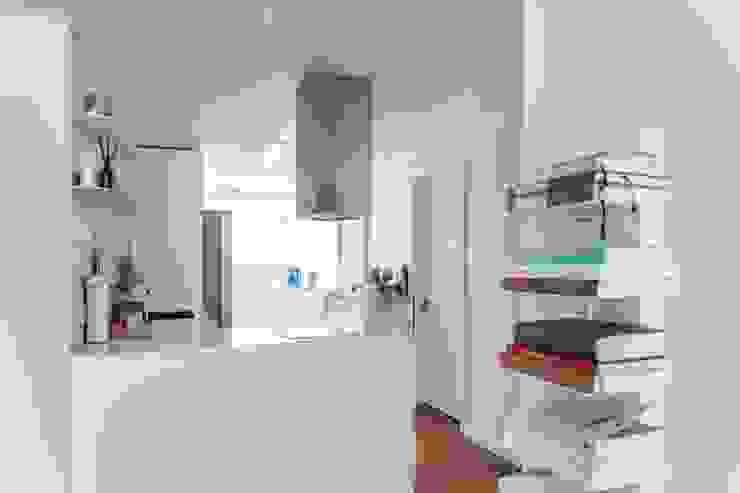 평창동 24PY 아파트: 스튜디오 5mm의  주방