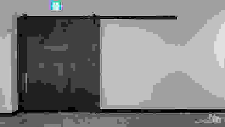 복합문화공간 누에 - 전시실 인더스트리얼 스타일 전시장 by 내츄럴디자인컴퍼니 인더스트리얼