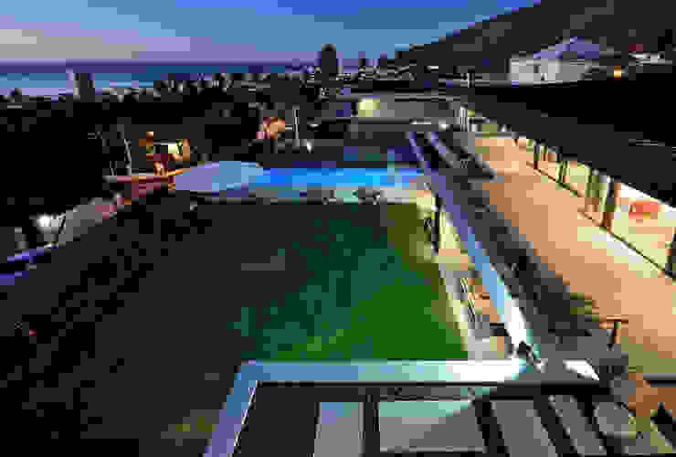 House La Croix Fresnaye Modern Garden by KMMA architects Modern