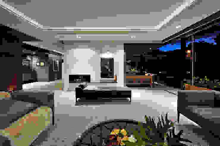 KMMA architects Modern living room