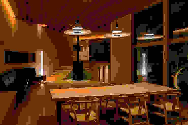 中山大輔建築設計事務所/Nakayama Architects Modern dining room