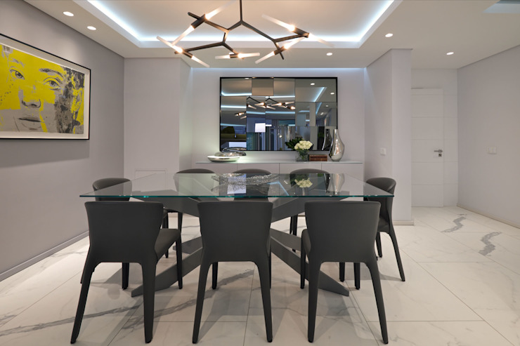 Penthouse The President Bantry Bay Modern dining room by KMMA architects Modern