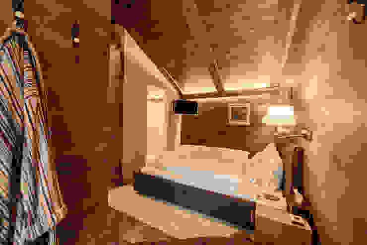 Dorian Huber Interiors의  침실