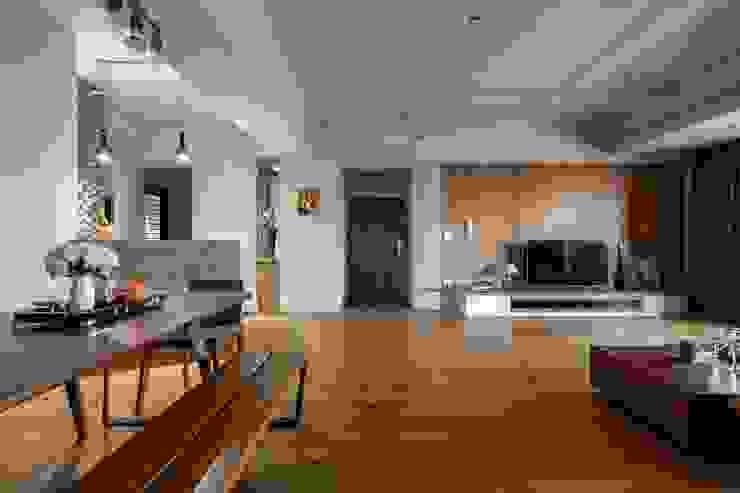 權相室內裝修設計有限公司 Ruang Keluarga Gaya Industrial