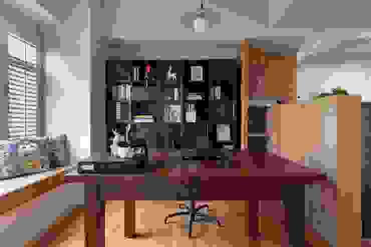 權相室內裝修設計有限公司 Studio in stile industriale
