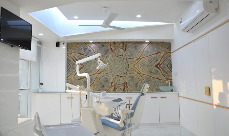 Dental Office Operatory Design Modern walls & floors by prarthit shah architects Modern