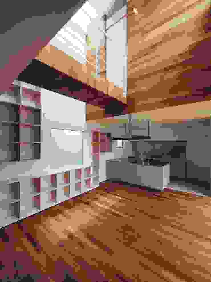 イシウエヨシヒロ建築設計事務所 YIA Modern dining room