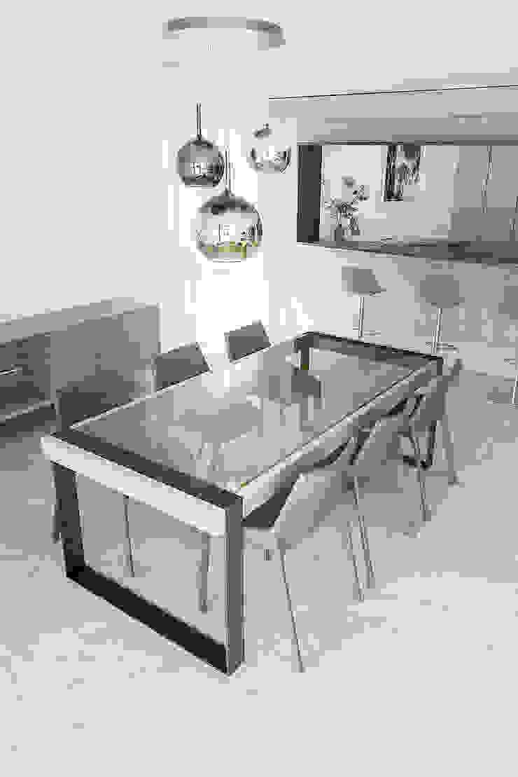 Modern Dining Room by TM Italia Modern