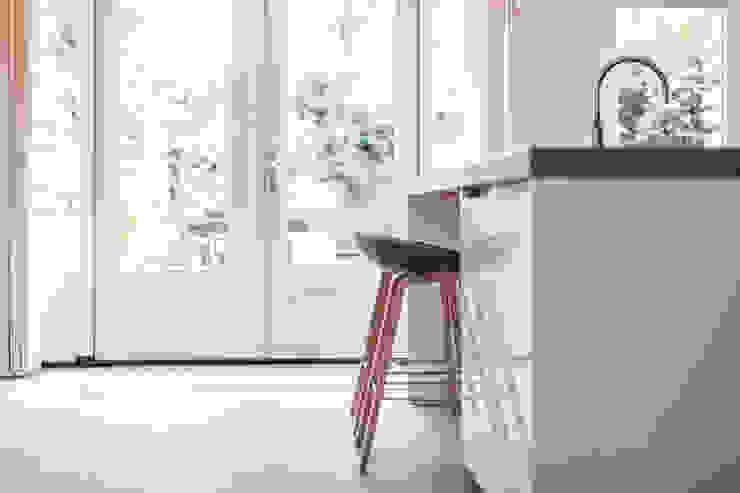 kookeiland Moderne keukens van Bob Romijnders Architectuur + Interieur Modern