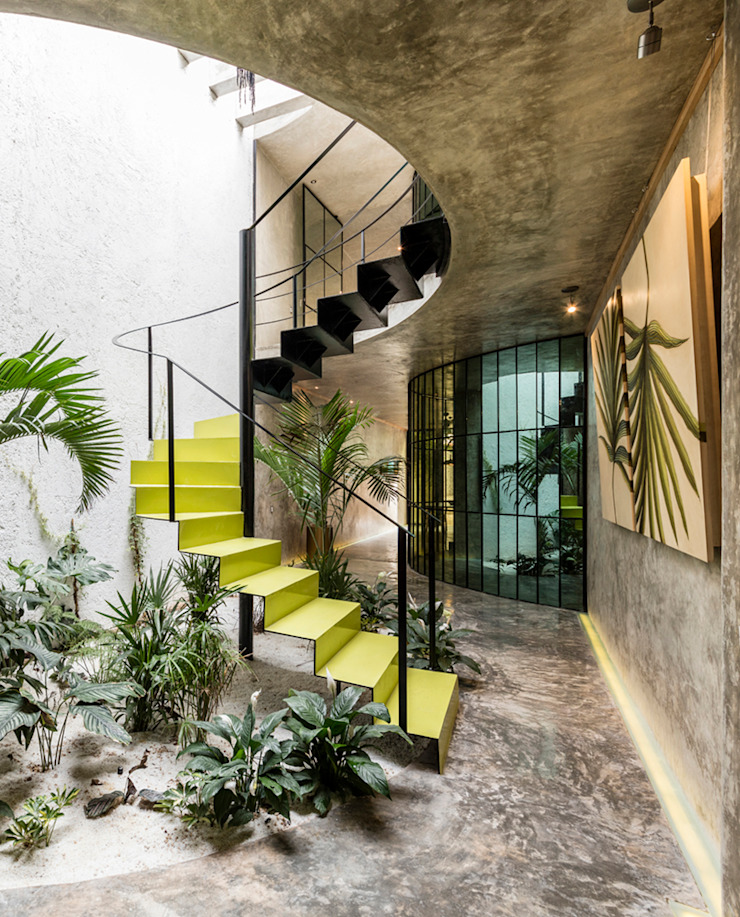Escalera de Taller Estilo Arquitectura Moderno Metal