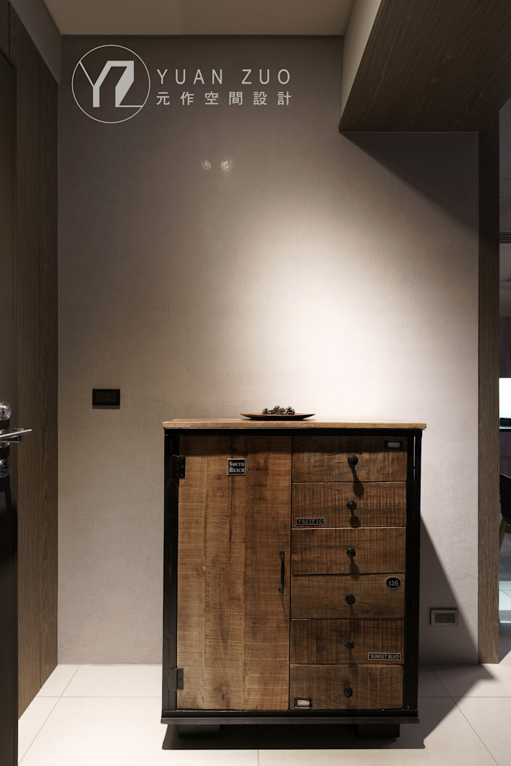 玄關櫃 現代風玄關、走廊與階梯 根據 元作空間設計 現代風