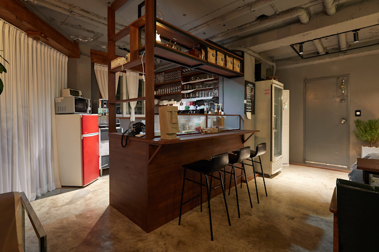 Industrial style bars & clubs by BK Design Studio Industrial