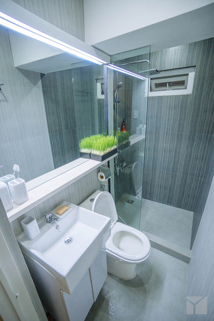 Transforming Small Spaces Minimalist style bathroom by Hayen Interiors Minimalist