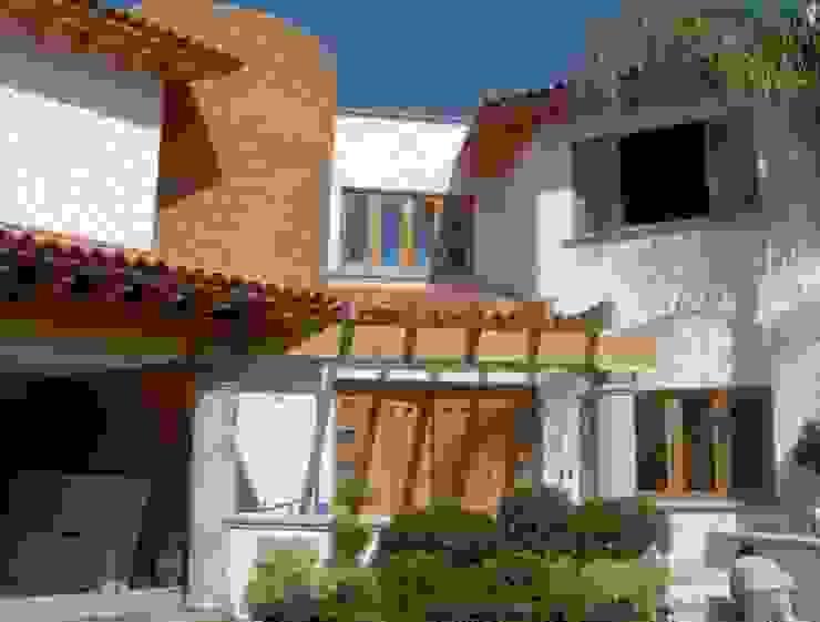 Casa Ventura : Casas multifamiliares de estilo  por A+P Arquitectos, El arte de crear espacios,