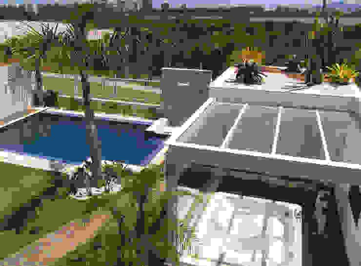 Casa LME Viviane Cunha Arquitetura Spa clássico