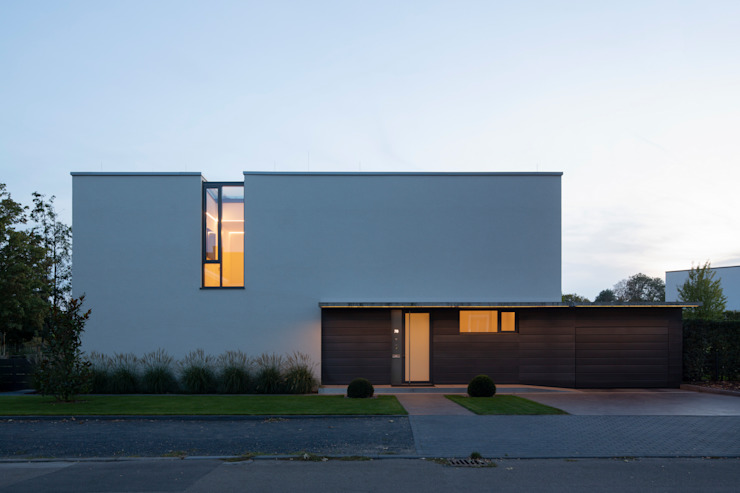 ARCHITEKTEN BRÜNING REIN Modern houses