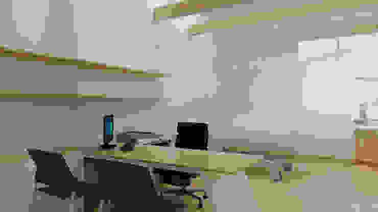 Estudios y despachos de estilo minimalista de TIES Design & Build Minimalista
