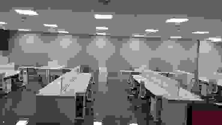 MOBILIARIO DE OFICINA <q>OPERATIVO</q> de CORPORACION METAL OFFICE SAC Moderno Metal