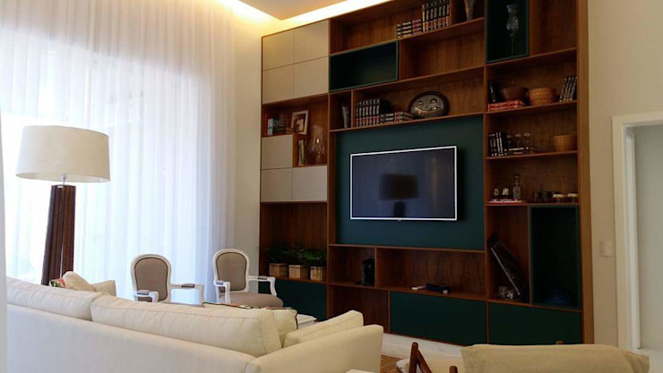 Catini & Catini arquitetura Living roomTV stands & cabinets
