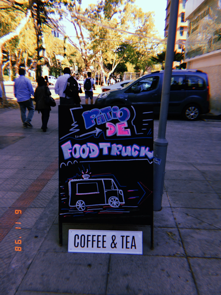 Patio de Bolsillo American Food Truckers – U. Autonoma de B+2 Minimalista