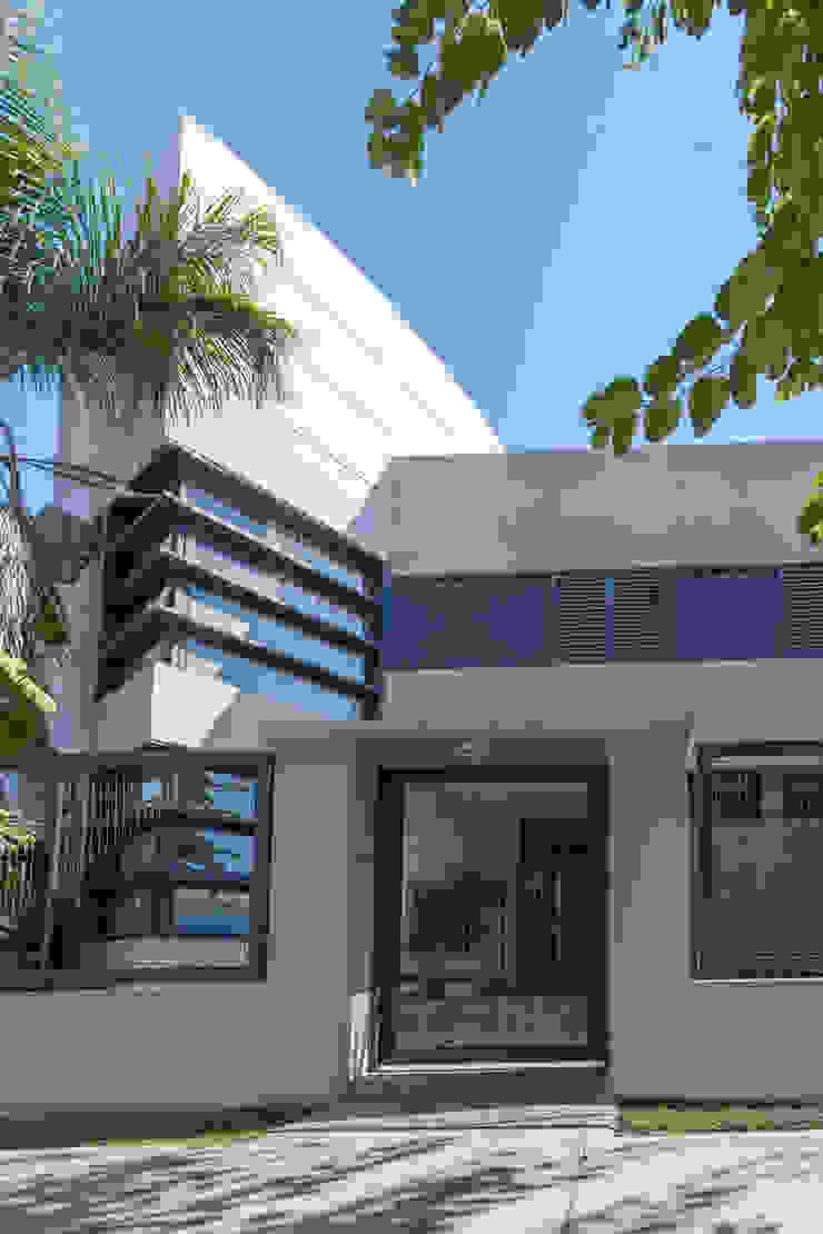 Casa Capelusnik Casas modernas: Ideas, imágenes y decoración de Literat Arquitectura de Avanzada Moderno