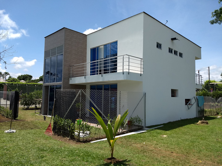 by Ariah Constructora Modern