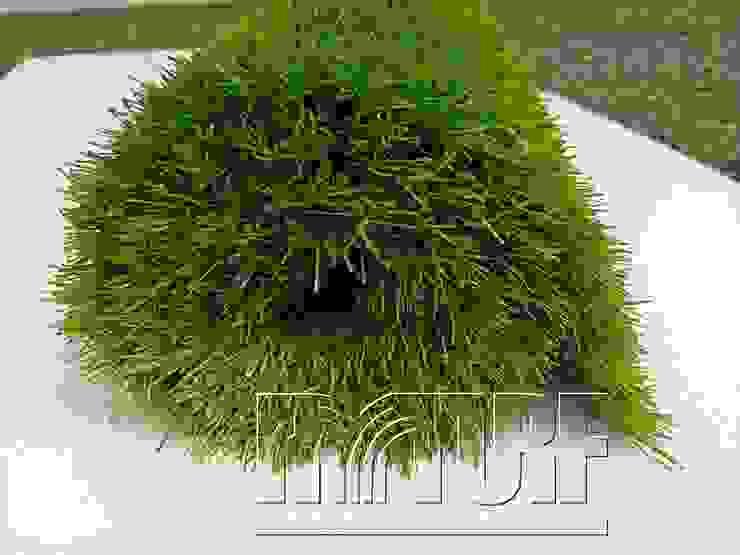 庭院家居用及景觀造景用漂亮人工草皮: 現代  by 亮盟實業股份有限公司, 現代風 合成纖維 Brown