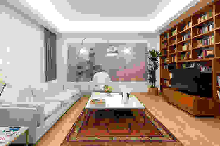 Modern Living Room by a2 Studio Borgia - Romagnolo architetti Modern