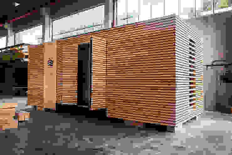 Keine Baustelle:  Kleines Haus von WoodCube GmbH,
