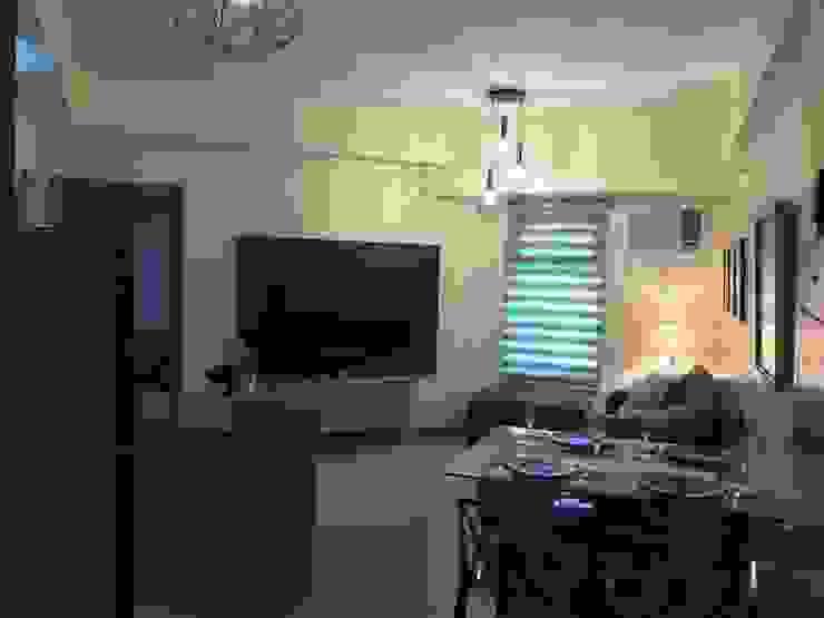 INTERIOR DESIGN OF 1 BEDROOM CONDOMINIUM UNIT Modern dining room by MKC DESIGN Modern