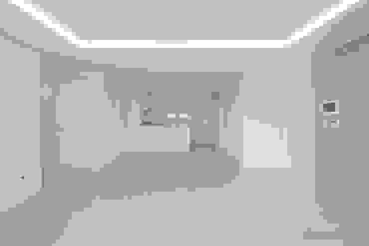 Modern living room by N디자인 인테리어 Modern