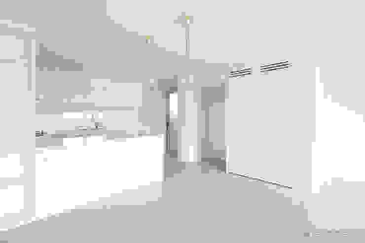 Modern kitchen by N디자인 인테리어 Modern
