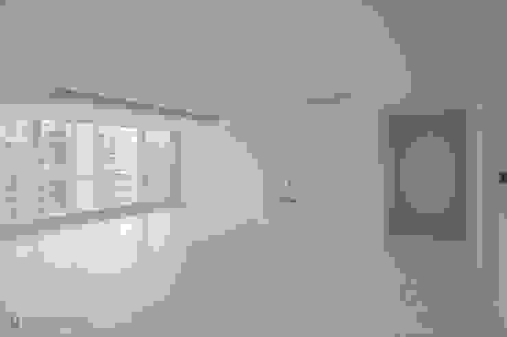 동탄인테리어 롯데대동다숲캐슬 30평대 아파트인테리어 모던하고 깔끔한 화이트 by.n디자인인테리어 모던스타일 거실 by N디자인 인테리어 모던