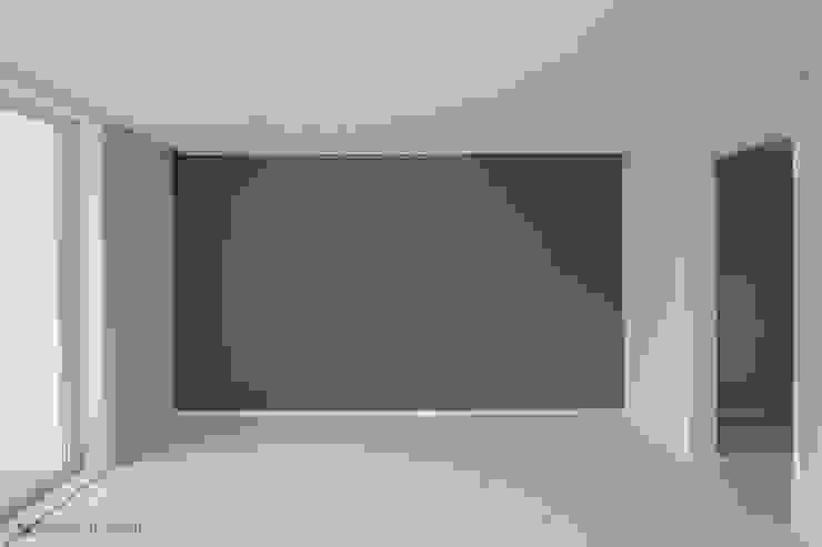 동탄인테리어 롯데대동다숲캐슬 30평대 아파트인테리어 모던하고 깔끔한 화이트 by.n디자인인테리어 모던스타일 미디어 룸 by N디자인 인테리어 모던