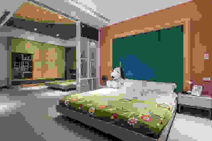 Modern Kid's Room by SING萬寶隆空間設計 Modern