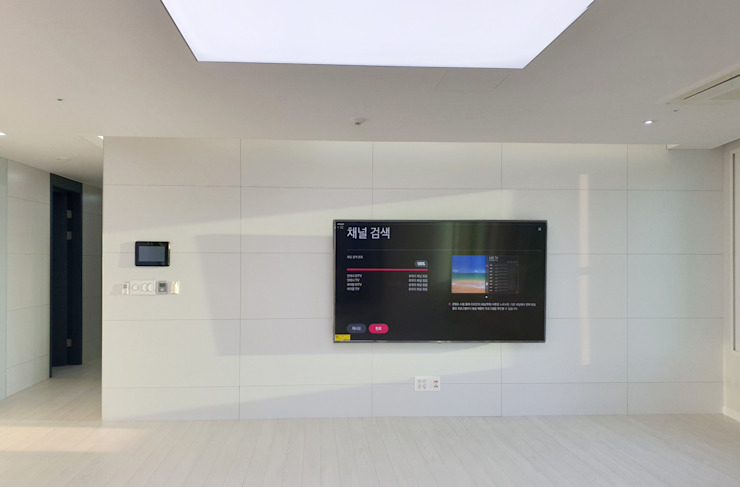 Modern living room by 디자인모리 Modern Tiles