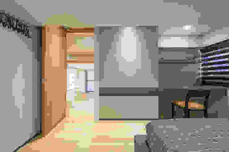 竹村空間 Zhucun Design BedroomWardrobes & closets